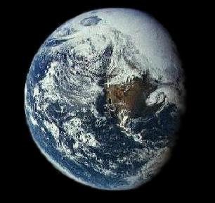 La terre creuse Earths1